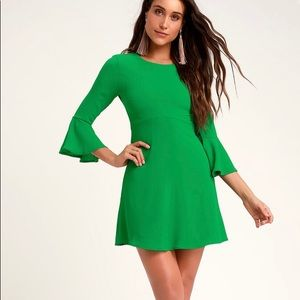 Lulus Green Fit & Flare Bell Sleeve Dress NWT